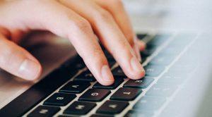 Как перезагрузить ноутбук, если он завис: полная перезагрузка с помощью клавиатуры и не только